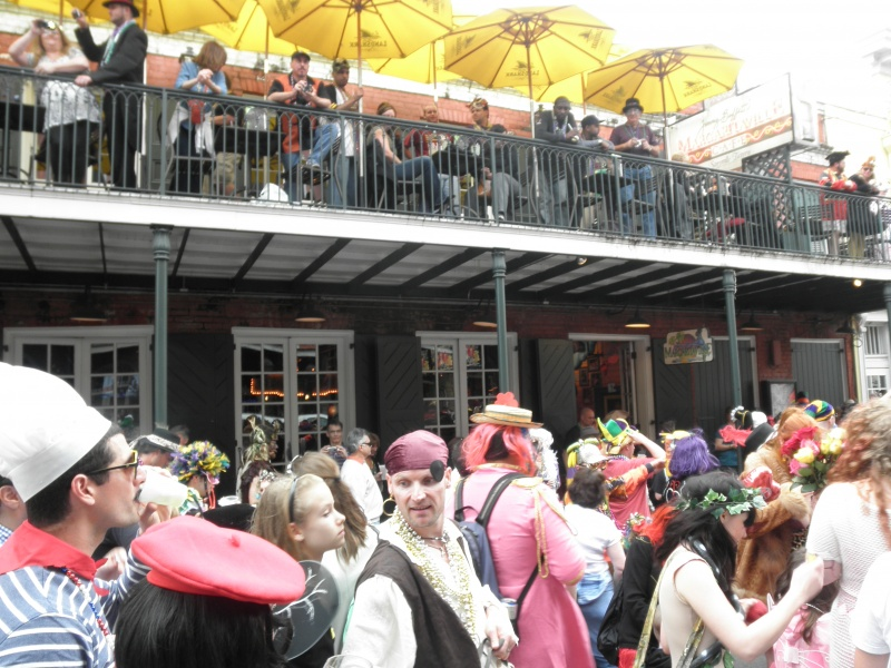 Margaritaville restaurant in new orleans group parties for Balcony restaurant group